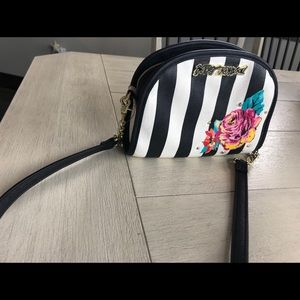 Betsy Johnson perfect for Spring cross body bag